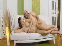Sexo anal con el abuelo perverso