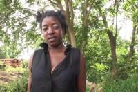 Negra madura en un gangbanged
